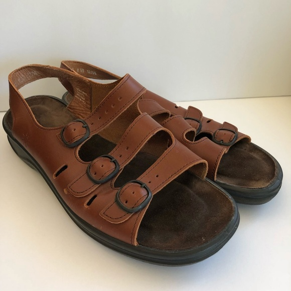 ffabab50be4 Clarks Shoes - Clarks Springer Sandals Brown Women s Size 10